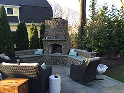 Fire Pit & Fireplace